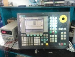西门子802C通电黑屏、无显示维修