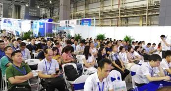 蓝芯科技与您分享3C行业如何导入物流搬运机器人